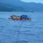 浮沈用機材搬送状況